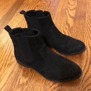 Black Chelsea/Ankle Boots
